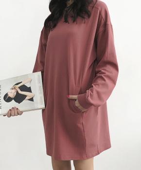 (现货)3305【模特实拍】初春圆领纯色拼接袋鼠兜长袖长款卫衣裙