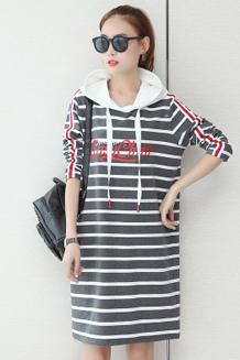 韩版中长款卫衣女2017春秋季宽松舒适上衣套头百搭条纹时尚裙