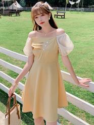 2020夏款现货实拍小视频法式浪漫女装一字肩纯色拼接收腰连衣裙