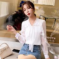 微柔超仙雪纺衫衬衫女新款2021年春季气质长袖蝴蝶结领口休闲百搭