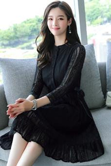 蕾丝连衣裙秋装女装2019年新款潮流行裙子收腰显瘦中长款气质早秋