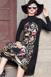 大码女装2020年新款长袖连衣裙胖mmm洋气遮肚减龄胖妹妹秋冬刺绣