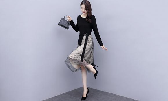 MIUCO法式撞色拼接灯笼袖腰带收腰大方气质连衣裙女装2020早秋新