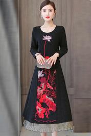 实拍中国风刺绣连衣裙2020秋装新款黑色复古文艺妈妈减龄茶服女