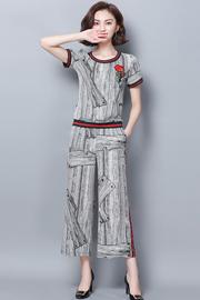 现货实拍小视频2019夏装新款印花圆领短袖上衣时尚阔腿九分裤套装