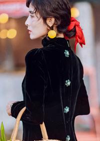 金丝绒镶钻天鹅绒宽松版中长款长袖大码女装连衣裙赫本小黑裙礼裙