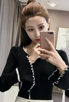 5005#实拍2018春秋季新款开叉喇叭袖女装chic港风女纯色打底衫