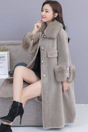 实拍1871#羊剪绒大衣女2018新狐狸毛领中长款冬颗粒羊毛皮草外套