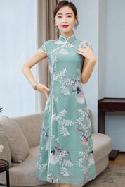 旗袍改良版连衣裙2020夏季新款长款奥黛越南年轻少女现代修身