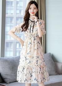 夏季很仙的雪纺碎花连衣裙女中长款2019新款修身显瘦气质流行裙子