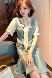 MIUCO蝴蝶結飄帶領拼接絲滑光澤感假兩件連衣裙女裝2020夏季新款