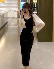 秋装2021年新款黑色金丝绒连衣裙女早秋法式复古气质收腰显瘦长裙