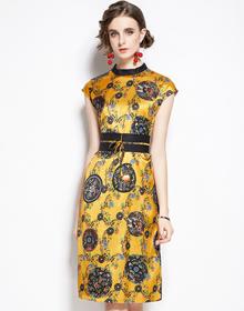 实拍现货9823#缎面复古改良黄色龙飞凤舞系腰带中式印花连衣裙