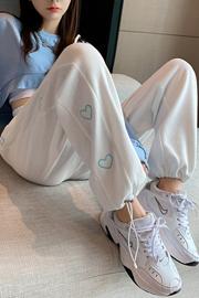 实拍9668灰色运动裤女2021新款春秋宽松百搭束脚裤时尚阔腿休闲裤