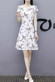 699#连衣裙女夏装新款韩版时尚 碎花修身短袖中长款夏季连衣裙