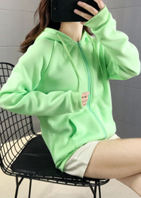 加绒加厚卫衣女秋冬新款保暖运动短外套宽松休闲显瘦开衫连帽卫衣