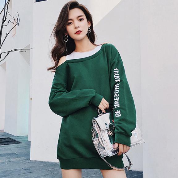 2018秋装新款韩版卫衣女假两件漏肩长袖中长款连帽宽松bf原宿风薄