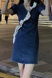 2021新款夏季复古V领短袖法式连衣裙女装裙子显瘦气质收腰牛仔裙