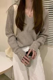 实拍 x9226#  秋冬新款宽松v领长袖针织衫上衣女套头打底衫毛衣