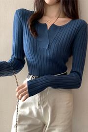 实拍 x9221#  秋冬新款修身v领套头长袖针织衫毛衣女打底衫上衣