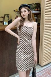 #519实拍实价(链条版)设计感小众减龄吊带短裙气质显瘦包臀连衣裙