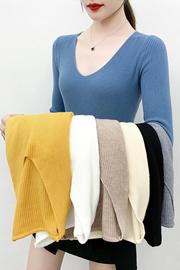 实拍天猫质量2020秋冬新款高端v领针织衫百搭外穿显瘦多色打底衫
