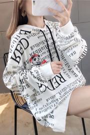 3011#(25棉75聚酯纤维)韩版满印卡通口袋薄款连帽卫衣女【实拍