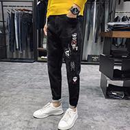 新款破洞黑色牛仔裤潮牌修身港风小脚弹力长裤子男士韩版百搭补丁