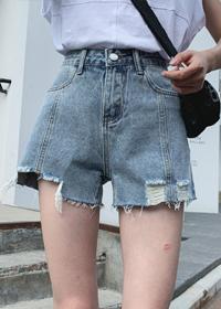破洞牛仔短裤女2020春夏款潮牌时尚气质百搭显瘦阔腿裤拼接牛仔裤